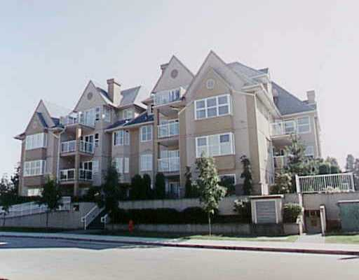 Main Photo: 302 1558 GRANT AV in Port_Coquitlam: Glenwood PQ Condo for sale (Port Coquitlam)  : MLS(r) # V219409