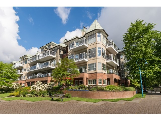 Main Photo: 108 12 K DE K COURT in New Westminster: Quay Condo for sale : MLS®# R2062238