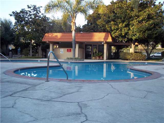 Photo 2: COLLEGE GROVE Home for sale or rent : 3 bedrooms : 6871 Alvarado #5 in San Diego