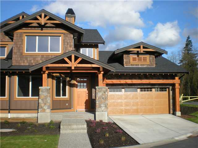 "Main Photo: 104 24185 106B Avenue in Maple Ridge: Albion House 1/2 Duplex for sale in ""TRAILS EDGE"" : MLS®# V1000386"