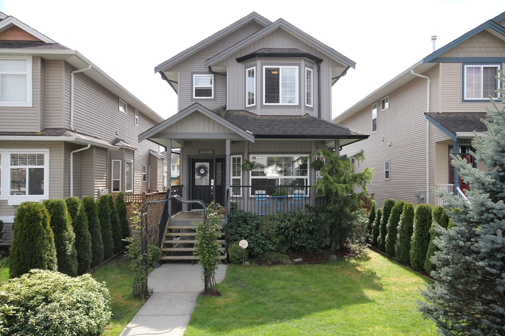 "Main Photo: 34636 7TH Avenue in Abbotsford: Poplar House for sale in ""Huntington Village"" : MLS® # F1308527"