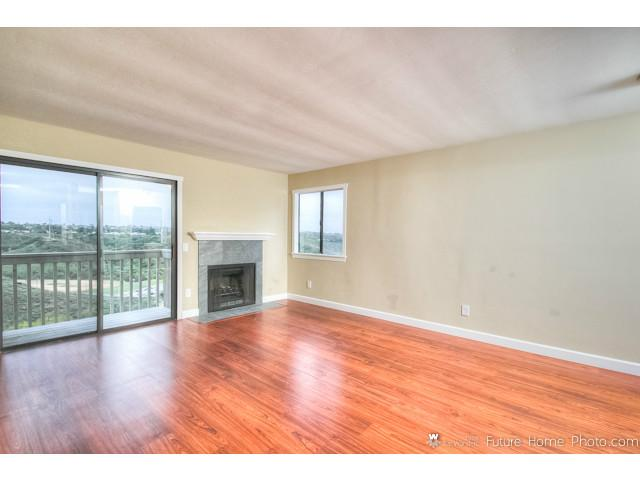 Photo 9: CLAIREMONT Condo for sale : 2 bedrooms : 2929 Cowley Way #H in San Diego