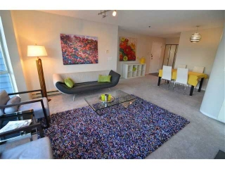 "Main Photo: 305 3720 W 8TH Avenue in Vancouver: Point Grey Condo for sale in ""Highbury Place"" (Vancouver West)  : MLS(r) # V1005739"