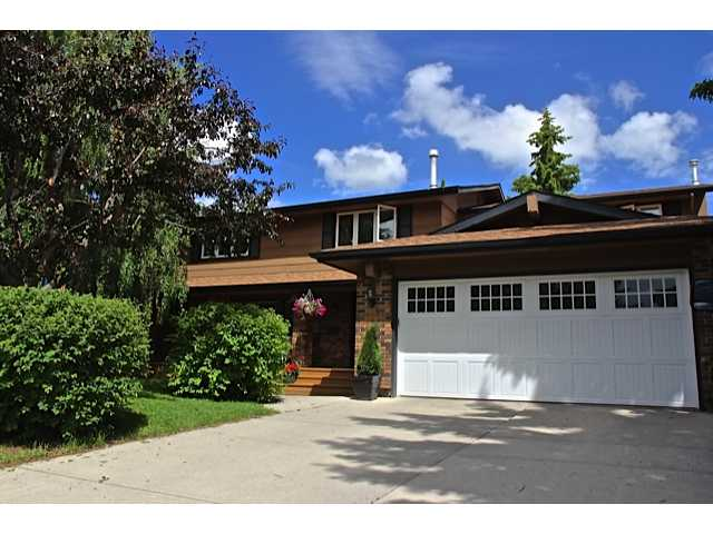 Welcome home to 30 Canova Rd SW Calgary