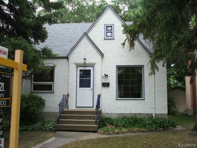 Main Photo: 426 Louis Riel Street in WINNIPEG: St Boniface Residential for sale (South East Winnipeg)  : MLS® # 1319988
