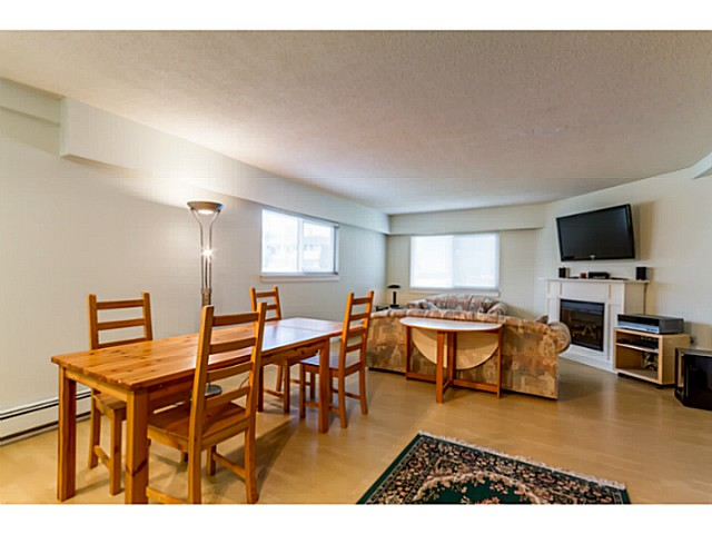 Photo 13: 1631 - 1633 SPERLING AV in Burnaby: Parkcrest Home for sale (Burnaby North)  : MLS(r) # V1045462