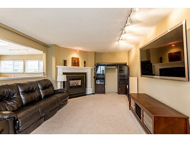 Photo 11: 1631 - 1633 SPERLING AV in Burnaby: Parkcrest Home for sale (Burnaby North)  : MLS(r) # V1045462