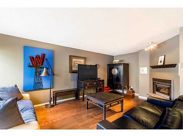 Photo 3: 1631 - 1633 SPERLING AV in Burnaby: Parkcrest Home for sale (Burnaby North)  : MLS(r) # V1045462
