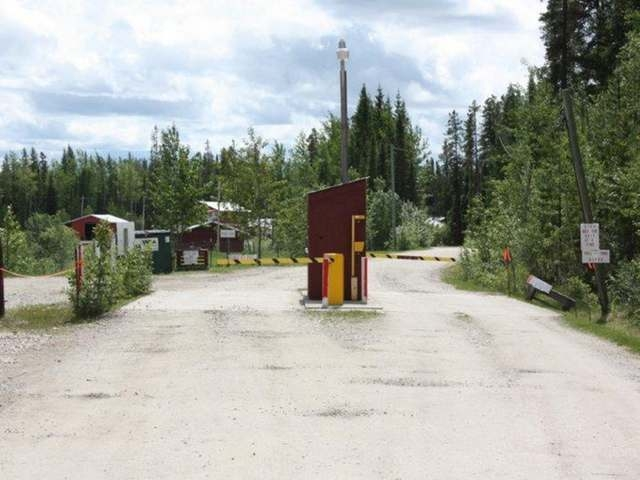 Main Photo: 16201 Hwy 16 East in Yellowhead County: Edson Business with Property for sale : MLS®# 29321