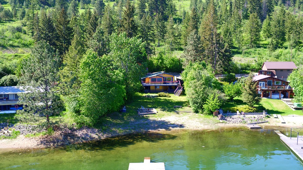 1115 Little Shuswap Lake Road