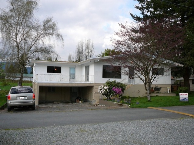 FEATURED LISTING: 6 - 9055 SHOOK Road Mission