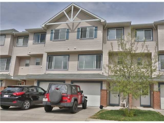 Main Photo: 161 ROCKY RIDGE Court NW in CALGARY: Rocky Ridge Ranch Townhouse for sale (Calgary)  : MLS(r) # C3568673