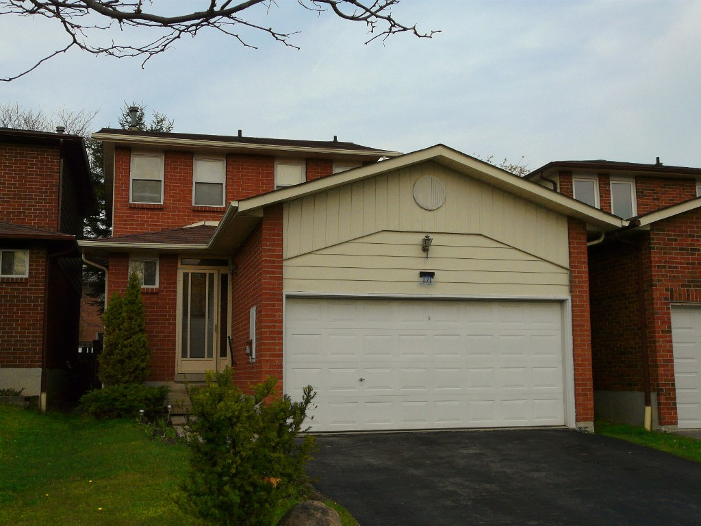 Main Photo: Toronto in Rouge Hill: Freehold for sale (Toronto E10)