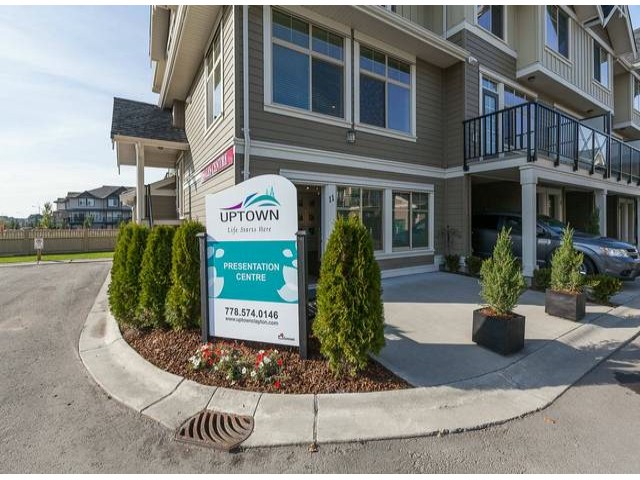 Photo 2: # 93 19525 73RD AV in Surrey: Clayton Condo for sale (Cloverdale)  : MLS® # F1411420