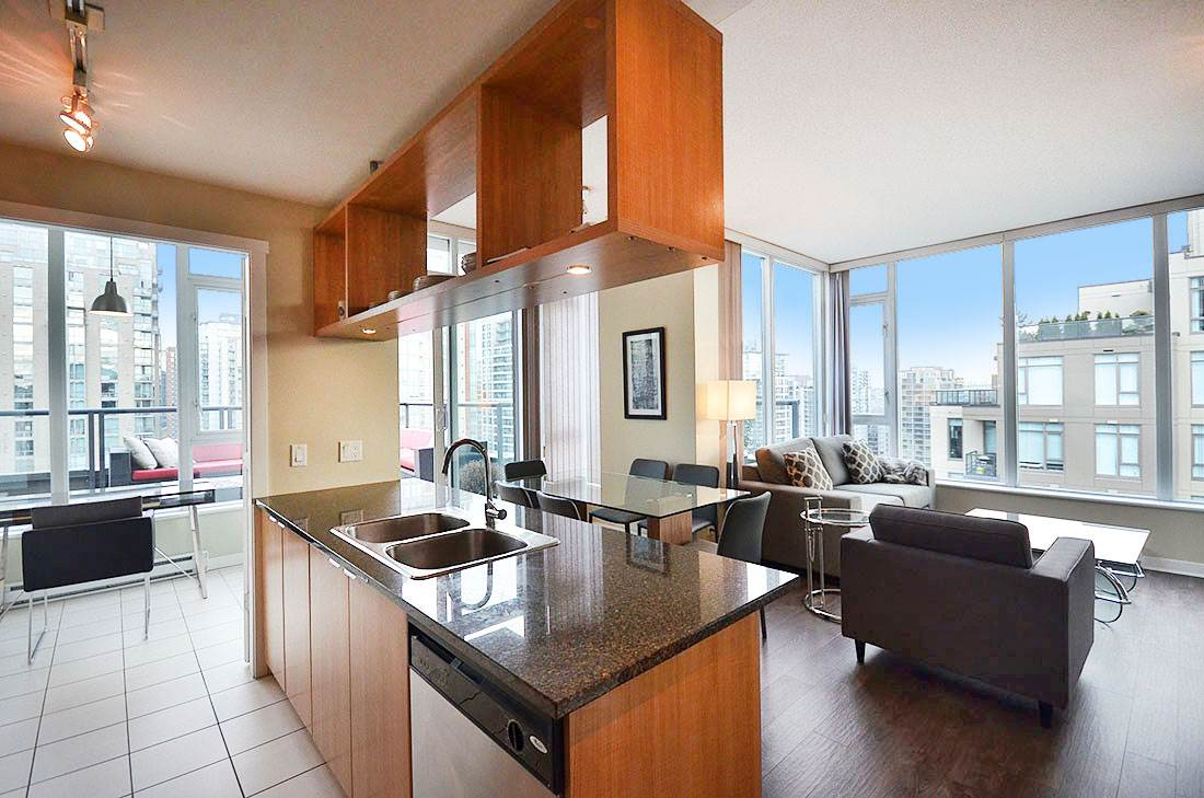 Photo 5: 2302 1010 RICHARDS STREET in Vancouver: Yaletown Condo for sale (Vancouver West)  : MLS® # R2090358