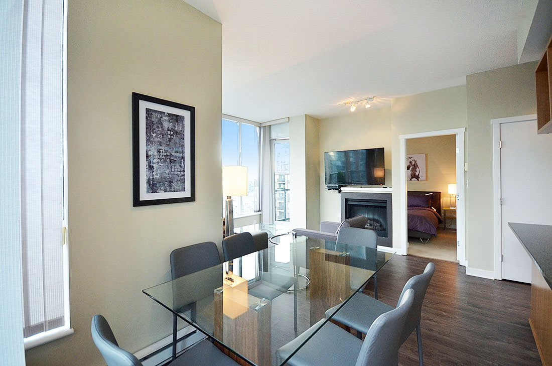 Photo 3: 2302 1010 RICHARDS STREET in Vancouver: Yaletown Condo for sale (Vancouver West)  : MLS® # R2090358