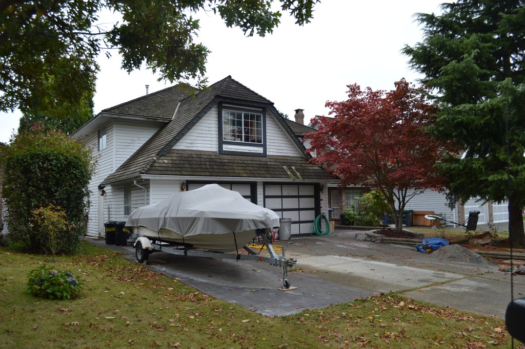 "Photo 3: 14468 18A Avenue in Surrey: Sunnyside Park Surrey House for sale in ""The Glens"" (South Surrey White Rock)  : MLS(r) # F1225801"