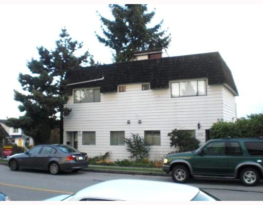 Main Photo: 1300 8TH AV in : West End NW House 1/2 Duplex for sale : MLS® # V795539