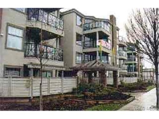 Main Photo: 107 935 Johnson Street in VICTORIA: Vi Downtown Condo Apartment for sale (Victoria)  : MLS® # 162531