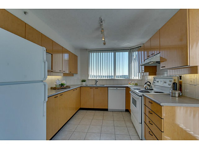 Photo 7: # 901 10 LAGUNA CT in New Westminster: Quay Condo for sale : MLS(r) # V1075024