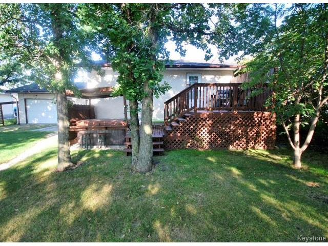 Photo 17: 210 Carson Park Drive in LORETTE: Dufresne / Landmark / Lorette / Ste. Genevieve Residential for sale (Winnipeg area)  : MLS(r) # 1419936