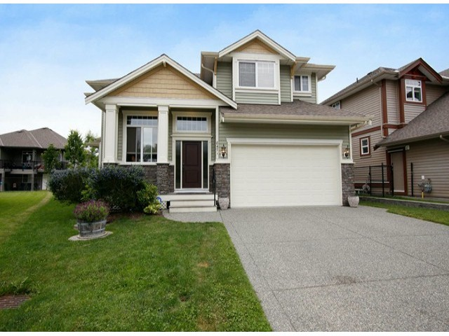 Main Photo: 8471 BAILEY PL in Mission: Mission BC House for sale : MLS® # F1415065