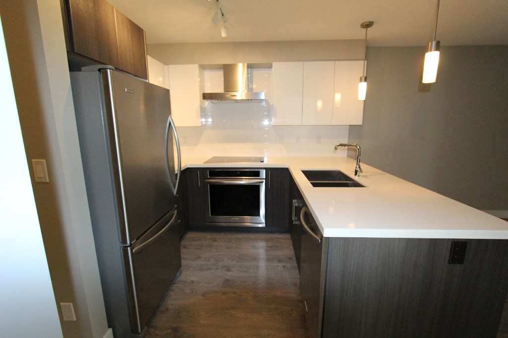 Photo 4: 316 7131 Stride Avenue in Burnaby: Edmonds BE Condo for sale (Burnaby East)