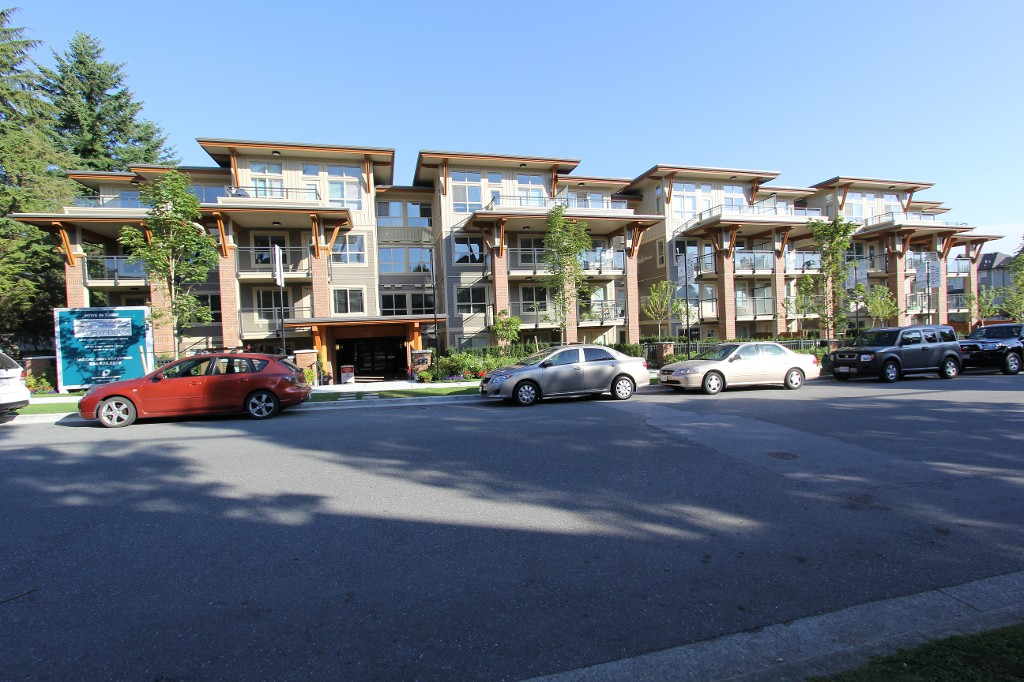 Photo 2: 316 7131 Stride Avenue in Burnaby: Edmonds BE Condo for sale (Burnaby East)