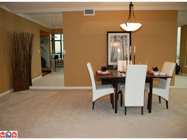 "Photo 3: 1601 32330 S FRASER Way in Abbotsford: Abbotsford West Condo for sale in ""TOWN CENTRE TOWER"" : MLS® # F1204019"