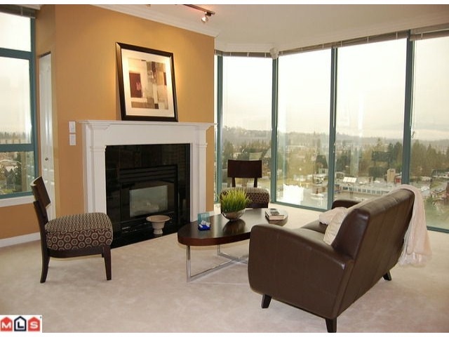 "Photo 6: 1601 32330 S FRASER Way in Abbotsford: Abbotsford West Condo for sale in ""TOWN CENTRE TOWER"" : MLS® # F1204019"