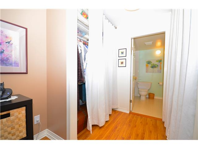 "Photo 7: 317 6707 SOUTHPOINT Drive in Burnaby: South Slope Condo for sale in ""MISSION WOODS"" (Burnaby South)  : MLS(r) # V941103"