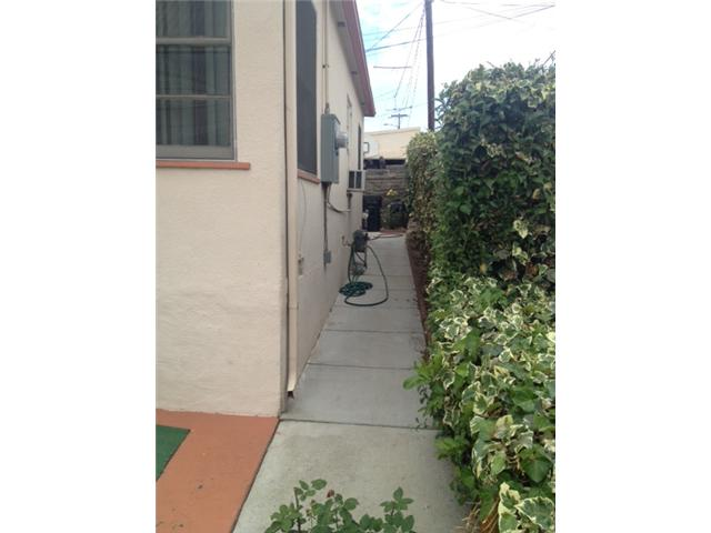 Photo 4: LOGAN HEIGHTS House for sale : 2 bedrooms : 730 S 31st Street in San Diego