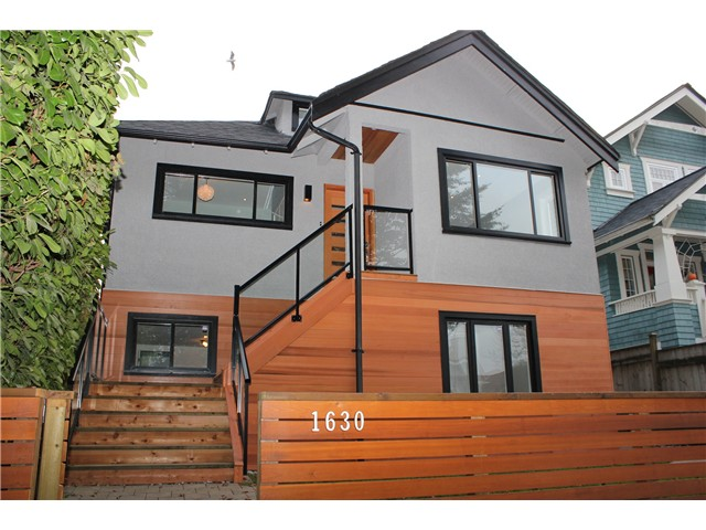 Main Photo: 1630 E 13TH AV in Vancouver: Grandview VE House for sale (Vancouver East)  : MLS(r) # V1032221