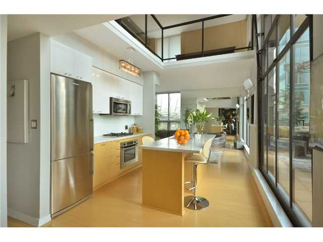 Main Photo: # 701 531 BEATTY ST in Vancouver: Downtown VW Condo for sale (Vancouver West)  : MLS® # V1047597