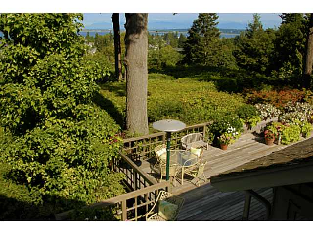Photo 7: 2641 CRESCENT DR in Surrey: Crescent Bch Ocean Pk. House for sale (South Surrey White Rock)  : MLS® # F1408380