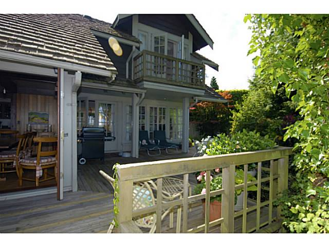 Photo 14: 2641 CRESCENT DR in Surrey: Crescent Bch Ocean Pk. House for sale (South Surrey White Rock)  : MLS(r) # F1408380