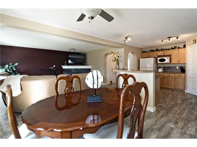 Photo 5: 440 STONEGATE Road NW: Airdrie Residential Detached Single Family for sale : MLS® # C3630680