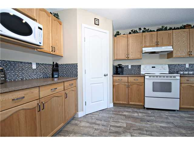 Photo 7: 440 STONEGATE Road NW: Airdrie Residential Detached Single Family for sale : MLS® # C3630680