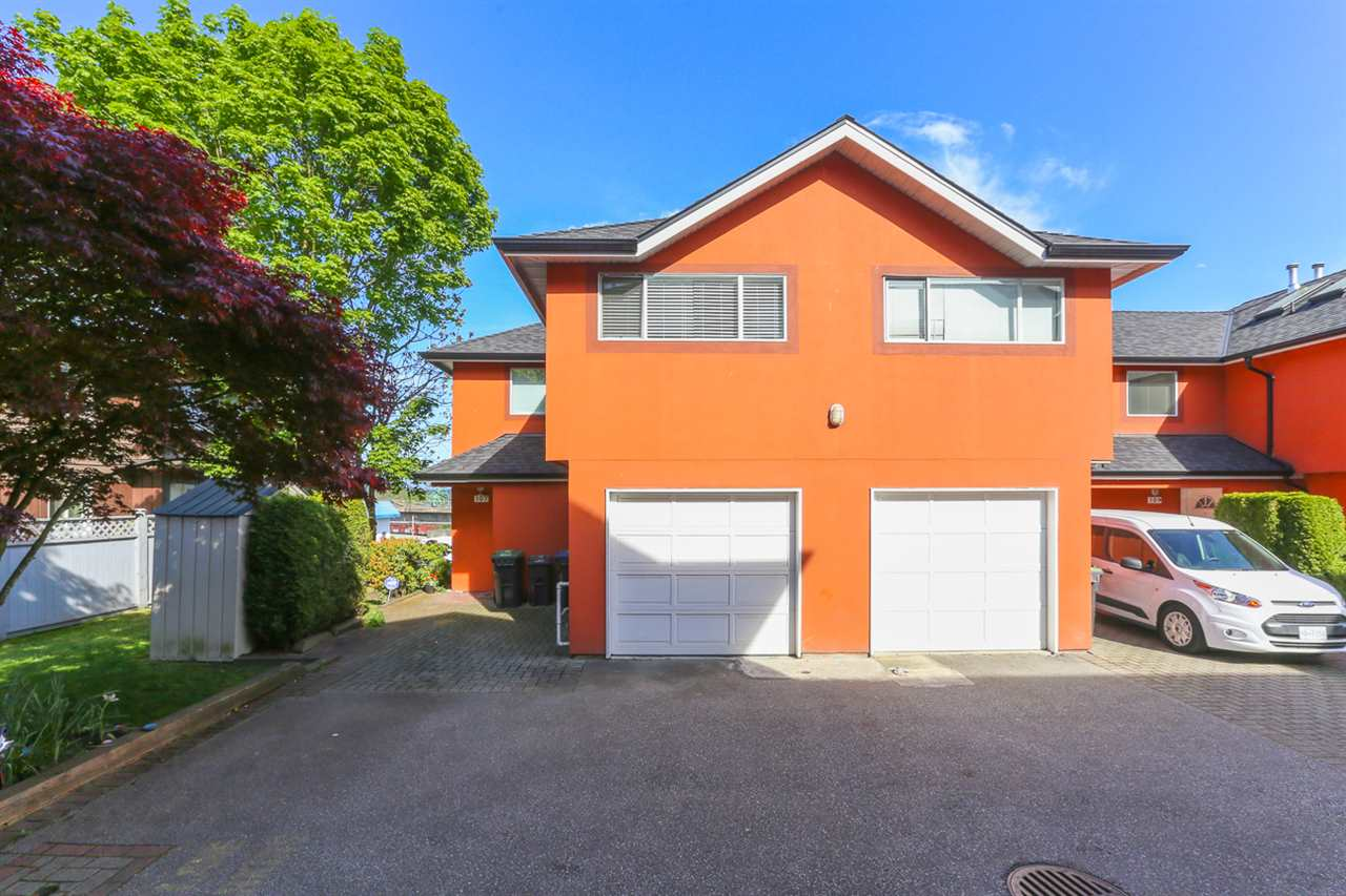 Main Photo: 107 303 CUMBERLAND STREET in New Westminster: Sapperton Townhouse for sale : MLS® # R2060117