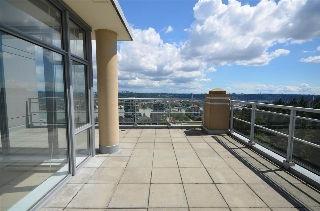 Main Photo: 2304 280 ROSS DRIVE in New Westminster: Fraserview NW Condo for sale : MLS(r) # R2081036