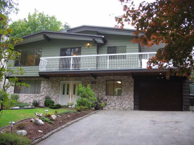 Main Photo: 7990 LAKEFIELD DR in : Burnaby Lake House for sale : MLS® # V792900