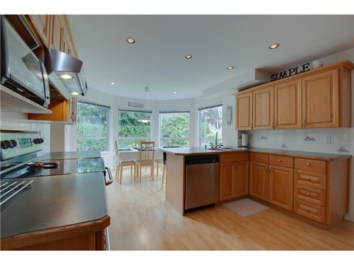 Photo 8: 6731 LINDEN Ave in Burnaby South: Highgate Home for sale ()  : MLS(r) # V1011556