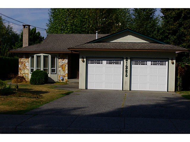 Main Photo: 21285 THORNTON AV in Maple Ridge: West Central House for sale : MLS® # V1023021