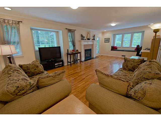 Photo 9: 33282 TUNBRIDGE Avenue in Mission: Mission BC House for sale : MLS(r) # F1416381
