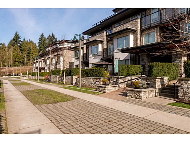 Main Photo: # 103 7428 BYRNEPARK WK in Burnaby: South Slope Condo for sale (Burnaby South)  : MLS® # V1108853