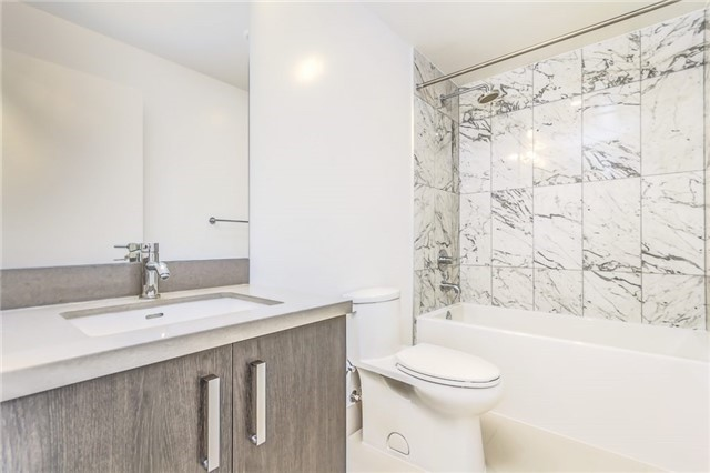 Photo 14: 455 Front St Unit #705 in Toronto: Waterfront Communities C8 Condo for sale (Toronto C08)  : MLS® # C3710790