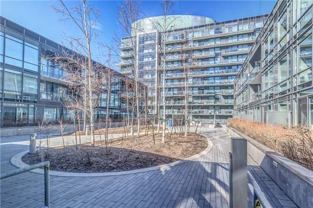 Main Photo: 455 Front St Unit #705 in Toronto: Waterfront Communities C8 Condo for sale (Toronto C08)  : MLS® # C3710790