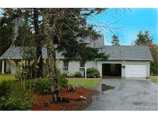 Main Photo: 925 Clapham Drive in : Me Rocky Point Single Family Detached for sale (Metchosin)  : MLS®# 168031