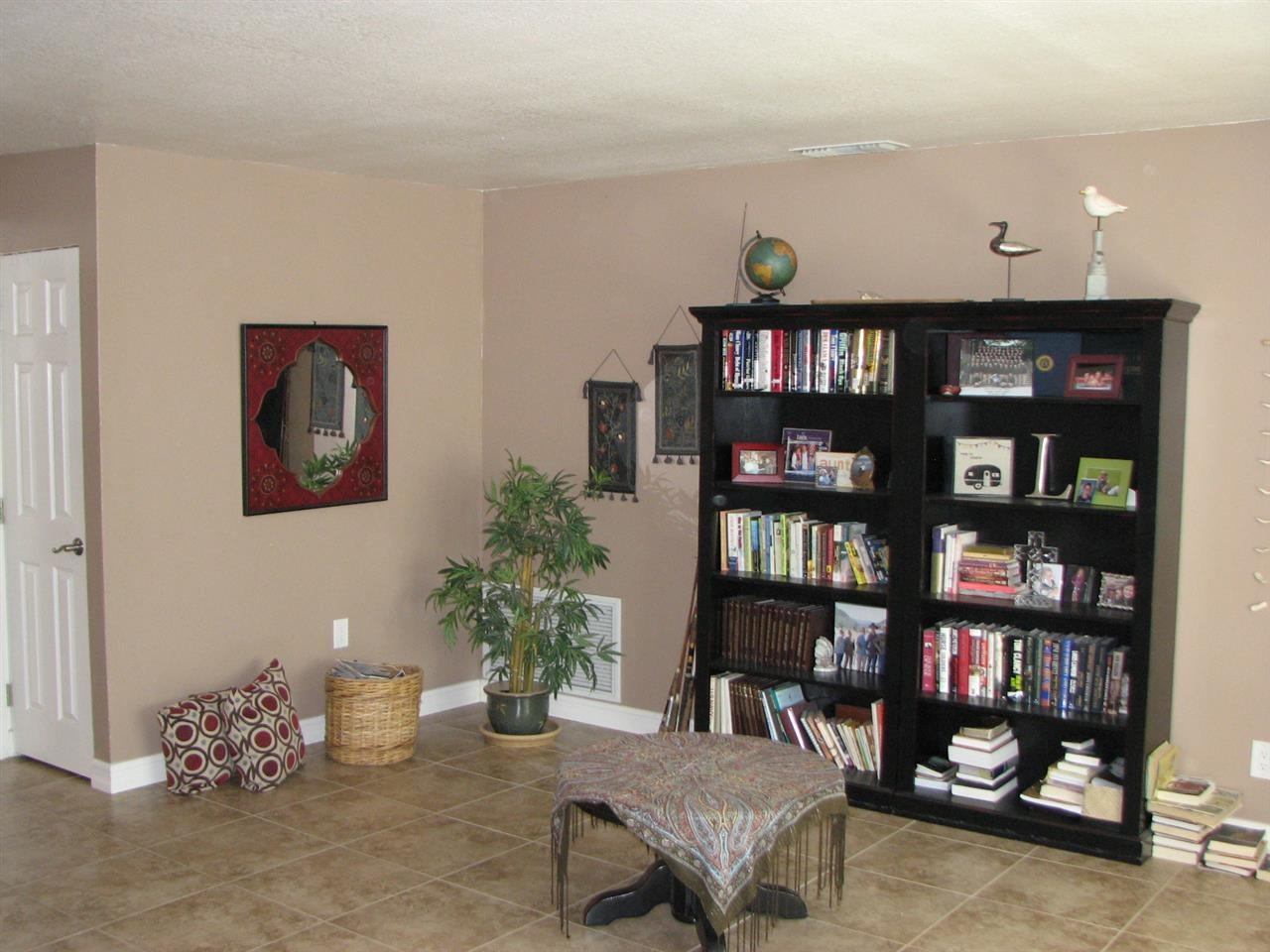 Photo 6: SANTEE House for sale : 4 bedrooms : 9738 Ramo Ct