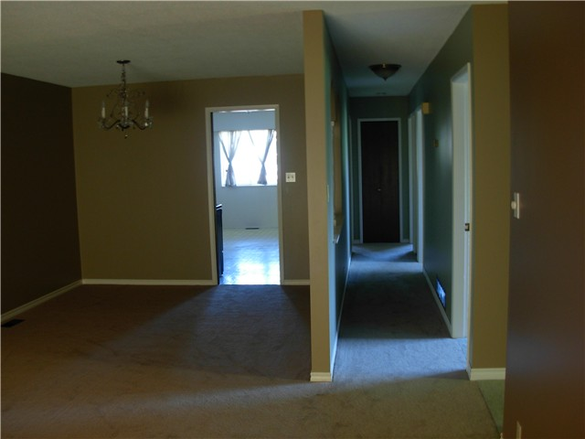 Photo 3: 3947 LISTER Court in Burnaby: Burnaby Hospital House Fourplex for sale (Burnaby South)  : MLS® # V965858